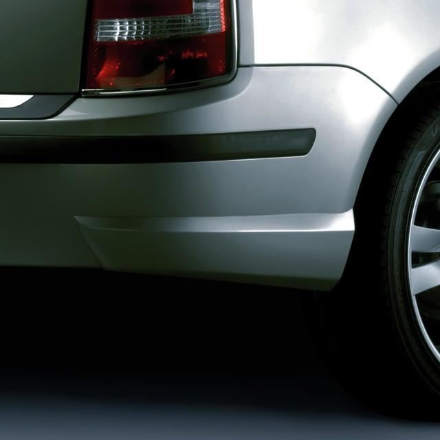 Zadní rozšíření nárazníku, ABS - stříbrný mat Škoda Fabia Facelift (Combi / Sedan)