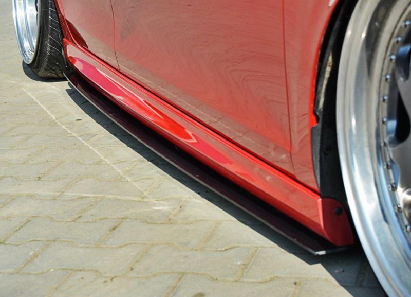 VW Golf VI GTI boční prahové nástavce (pro rok 2008 - 12)